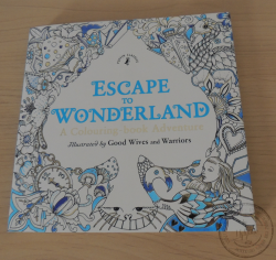 Escape to wonderland - Puffin classics